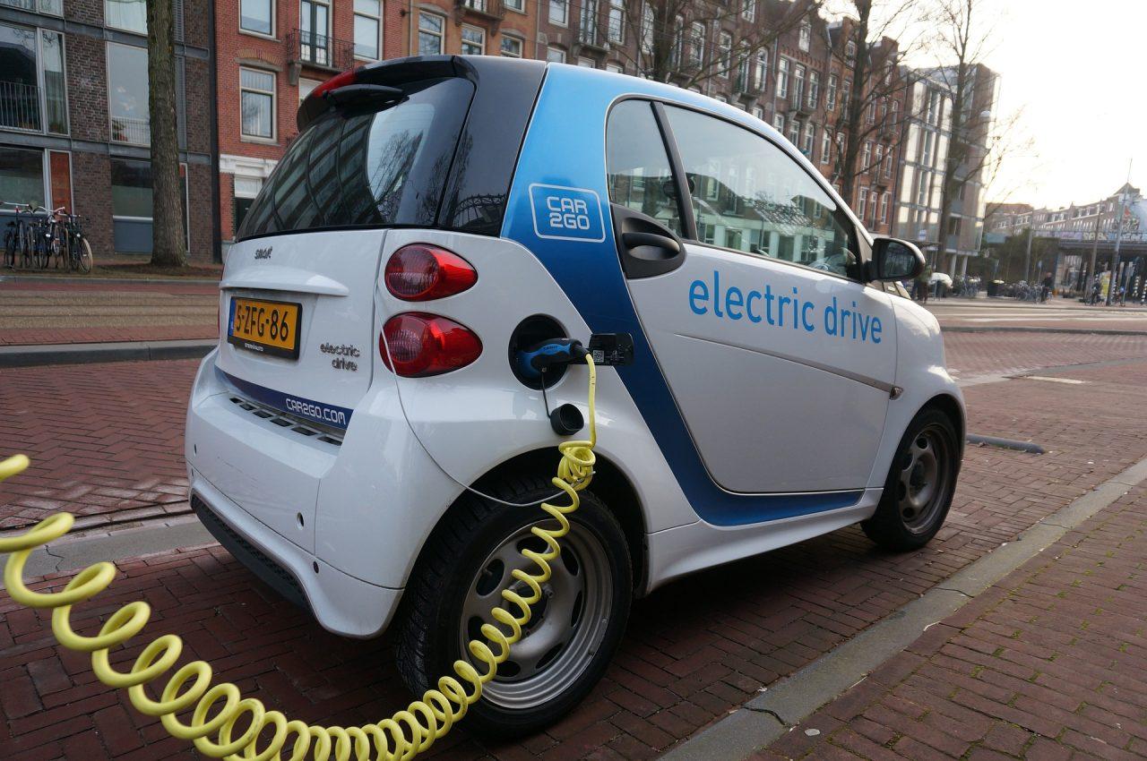 coches_eléctricos_gruasjesusmuñoz-1280x850.jpg