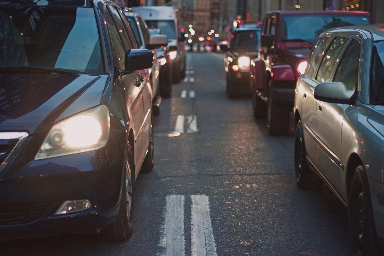 asistencia_en_carretera_en_tu_poliza-1280x853.jpg
